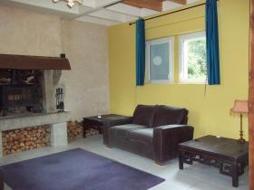 Image No.2-4 Bed Country Property for sale