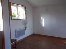 Image No.3-Maison de village de 2 chambres à vendre à Plouyé