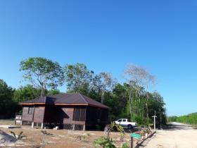 Image No.3-Maison de 2 chambres à vendre à Corozal