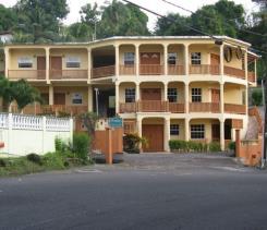 Image No.3-Commercial de 13 chambres à vendre à St George's