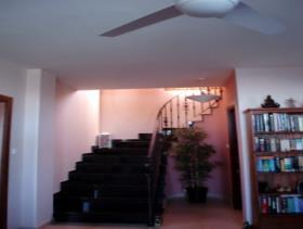 Image No.8-Villa de 4 chambres à vendre à Oroklini