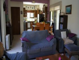 Image No.4-Maison / Villa de 4 chambres à vendre à Oroklini