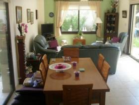 Image No.5-Maison / Villa de 4 chambres à vendre à Oroklini