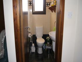 Image No.10-Maison / Villa de 4 chambres à vendre à Oroklini