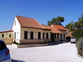 Finikaria, Bungalow