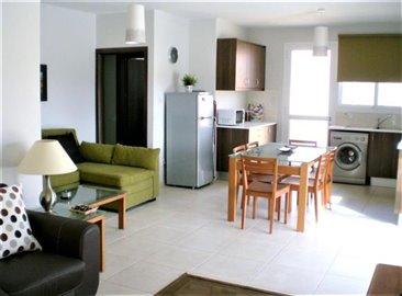 RJO-1140-kitchen-lounge
