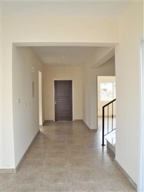 4-Bed-Entrance-Hall