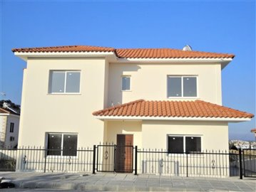 4-Bed-Front-Of-House