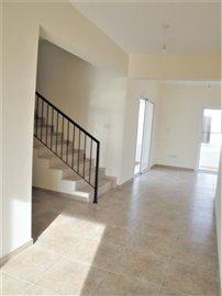 4-Bed-Hallway