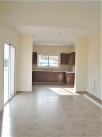 4-Bed-Kitchen-Dining-Area