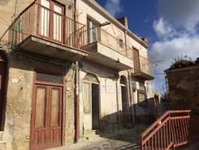 Image No.2-Maison de 2 chambres à vendre à Cianciana