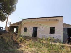 Image No.25-Villa de 3 chambres à vendre à Cianciana