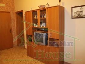 Image No.5-Maison de ville de 3 chambres à vendre à Cianciana