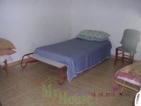 Image No.3-Maison de campagne de 1 chambre à vendre à Cianciana
