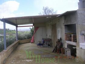 Image No.2-Maison de campagne de 1 chambre à vendre à Cianciana
