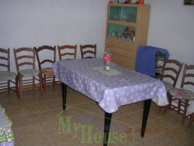 Image No.5-Maison de campagne de 1 chambre à vendre à Cianciana