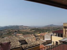 Image No.17-Maison de ville de 3 chambres à vendre à Cianciana