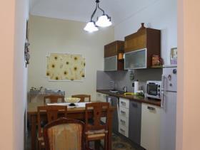 Image No.2-Maison de ville de 3 chambres à vendre à Bivona