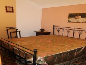 Image No.12-Maison de ville de 3 chambres à vendre à Bivona