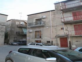 Image No.25-Maison de ville de 3 chambres à vendre à Bivona