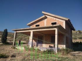 Alessandria della Rocca, Villa