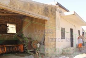Image No.3-Villa de 2 chambres à vendre à Alessandria della Rocca