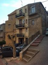 Image No.13-3 Bed Townhouse for sale