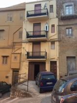 Image No.14-3 Bed Townhouse for sale