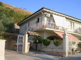 Image No.19-Villa de 4 chambres à vendre à Cianciana