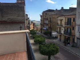 Image No.7-Maison de ville de 3 chambres à vendre à Cianciana