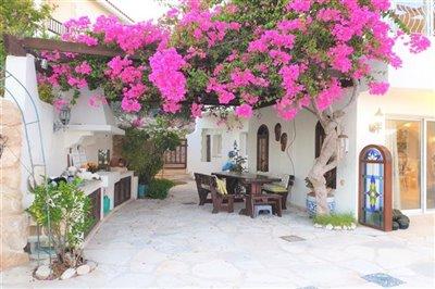 130273-detached-villa-for-sale-in-tsadafull