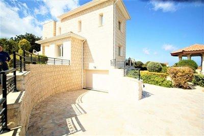 Detached Villa For Sale  in  Acheleia