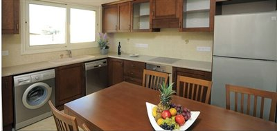 71655-town-house-for-sale-in-monifull
