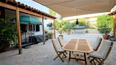 163529-bungalow-for-sale-in-mesa-choriofull