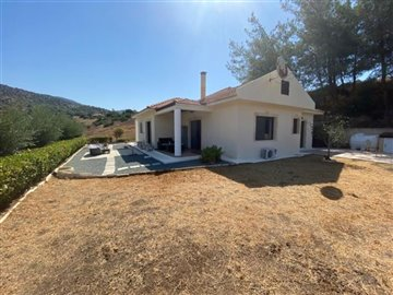 Bungalow For Sale  in  Foinikaria