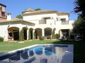 El Paraiso, Villa / Detached