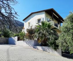 Image No.0-Maison / Villa de 2 chambres à vendre à Istro