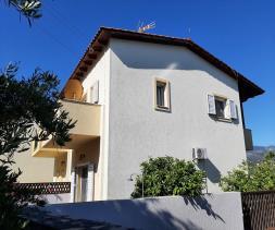 Image No.2-Maison / Villa de 2 chambres à vendre à Istro
