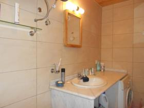 Image No.18-1 Bed House for sale
