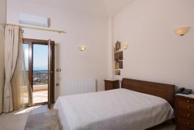 Image No.21-Villa / Détaché de 5 chambres à vendre à Agios Nikolaos