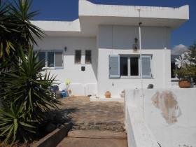 Image No.2-Maison / Villa de 2 chambres à vendre à Agios Nikolaos
