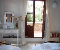 Image No.25-2 Bed Village House for sale