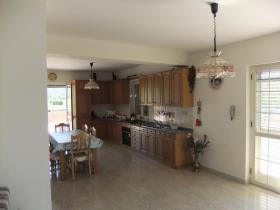 Image No.11-Maison / Villa de 9 chambres à vendre à Alife