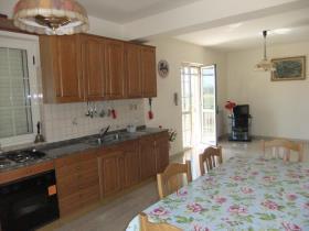 Image No.12-Maison / Villa de 9 chambres à vendre à Alife