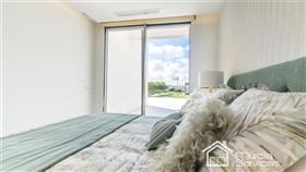 Image No.25-4 Bed Villa for sale