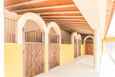 roldan-stables-5