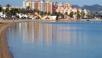 Playa_Honda_2-751x430--1-