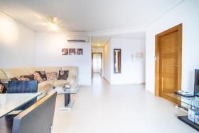 Image No.4-Appartement de 2 chambres à vendre à La Torre Resort