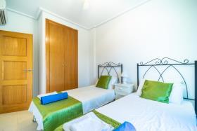 Image No.9-Appartement de 2 chambres à vendre à La Torre Resort