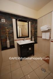 maroc1-Downstairs-off-sute-Bathroom-copy